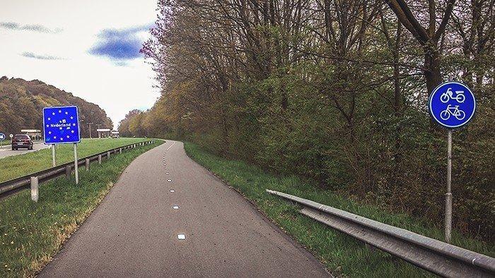 confine olanda germania ciclabile in bicicletta viaggiare in bicicletta cicloturismo