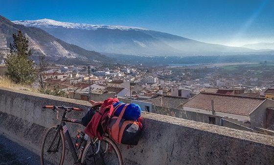 sierra nevada in bicicletta cicloturismo viaggiare in bici solitaria andalusia granada motril