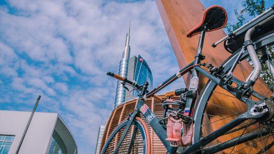 pedalare in bici a milano è pericoloso