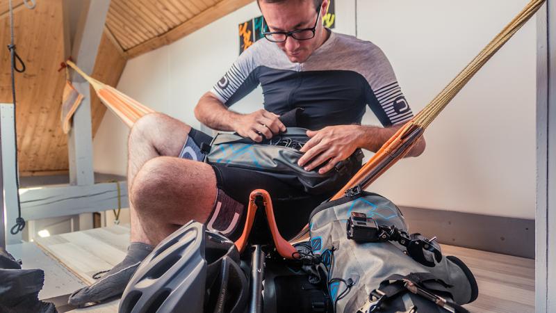 attrezzatura bikepacking cicloturismo cosa portare organizzazione