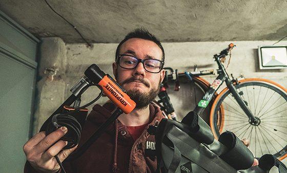 consigli regali di natale per ciclisti appassionati ciclismo cosa regalare per lui