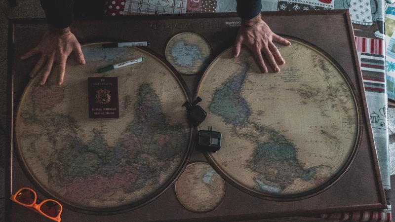 organizzazione mappa pianificazione attrezzatura per viaggiare