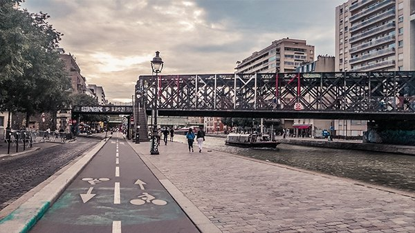 canale saint martin parigi ciclabile viaggiare in bicicletta