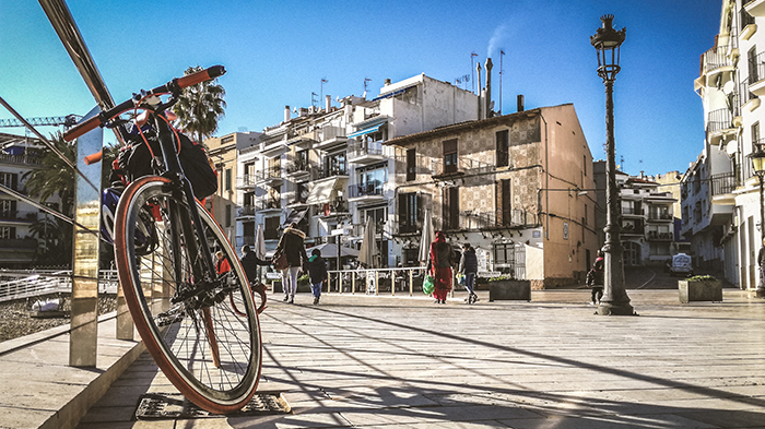 sitges spagna in bici cicloturismo viaggiare in bicicletta cataluna