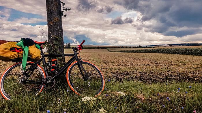 viaggiare in solitaria cicloturismo scatto fisso europa in bici